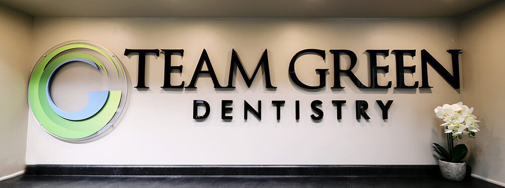 Team Green Dentistry sign